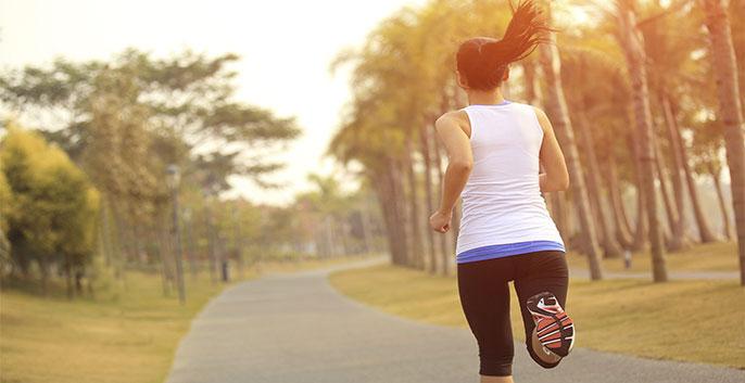 Chạy bộ có giúp giảm mỡ bụng không