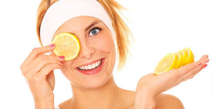 chanh chứa nhiều vitamin C nên ít kén loại da