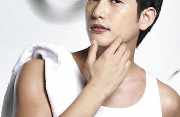 Sở hữu da mặt đẹp mang lại sự quyến rũ đầy nam tính cho phái mạnh.